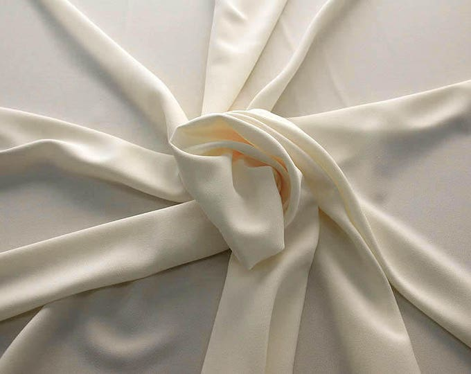 905005-Crepe 100% Polyester, 150 cm wide, made in Italy, dry washing, weight 306 gr, Price 0.25 meters: 8.14 Euros