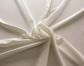 905004-Crepe 100% Polyester, 150 cm wide, made in Italy, dry washing, weight 306 gr, Price 0.25 meters: 8.14 Euros