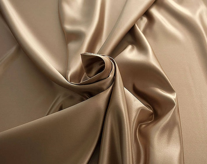978065-satin, polyester 100%, width 150 cm, made in Italy, dry washing, weight 260 gr, price 0.25 meters: 5.96 Euros