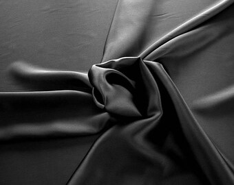 1712-201-Crepe Satin, natural silk 100%, wide 135/140 cm, made in Italy, dry washing, weight 100 gr, price 0.25 meters: 14.72 Euros