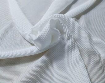 Jacquard 6, 93 gr/MTL-78% silk, 22 nylon, 135 cm wide, dry wash, price 10 meters: 507 Euros (50.70 Euros per meter)