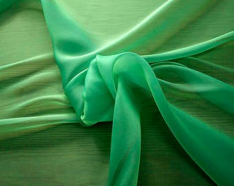 232080-Organdy Cangiante, natural silk 100%, wide 135 cm, made in Italy, dry washing, weight 55 gr, Price 0.25 meters: 13.81 Euros