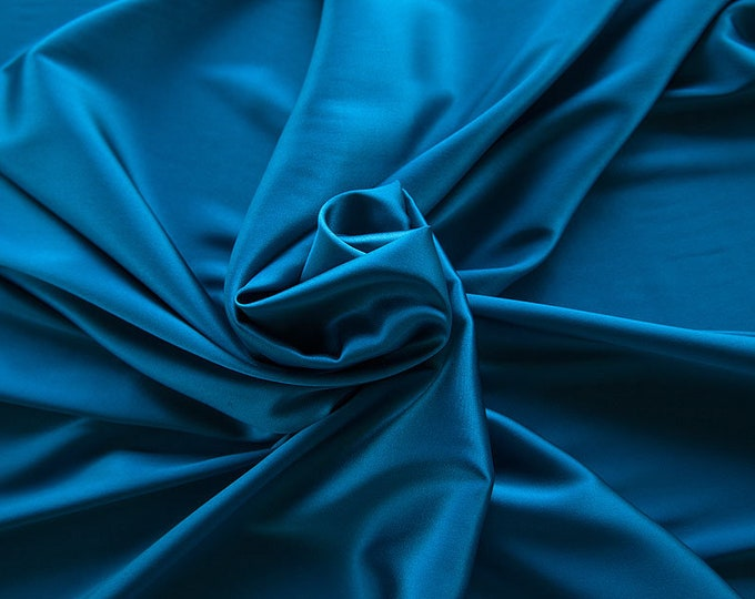 1713-161-crepe Satin Silk 97%, 6 Lycra, 135 cm wide, made in Italy, dry washing, weight 100 gr, price 0.25 meters: 14.72 Euros