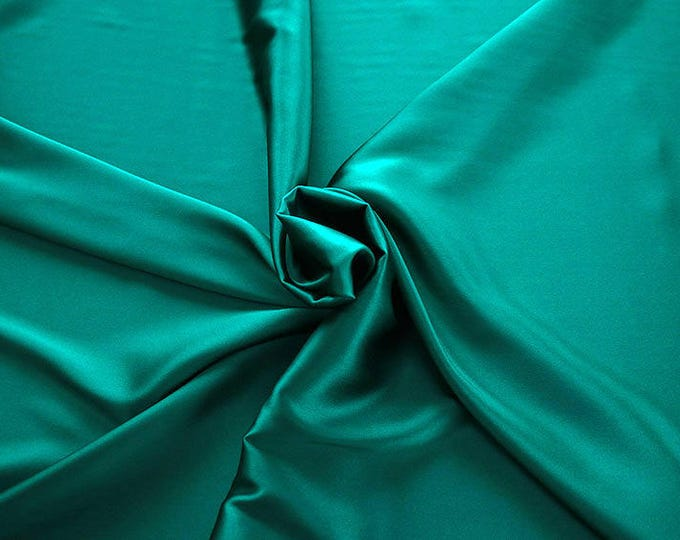 1713-079-crepe Satin Silk 97%, 6 Lycra, 135 cm wide, made in Italy, dry cleaning, weight 100 gr, price 1 meter: 58.87 Euros