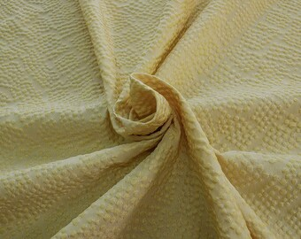 990111-061 JACQUARD-Se 36%, Ce 32, Pl 21, Pa 11, Width 135 cm, made in Italy, dry wash, weight 215 gr, Price 0.25 meters: 22.66 Euros