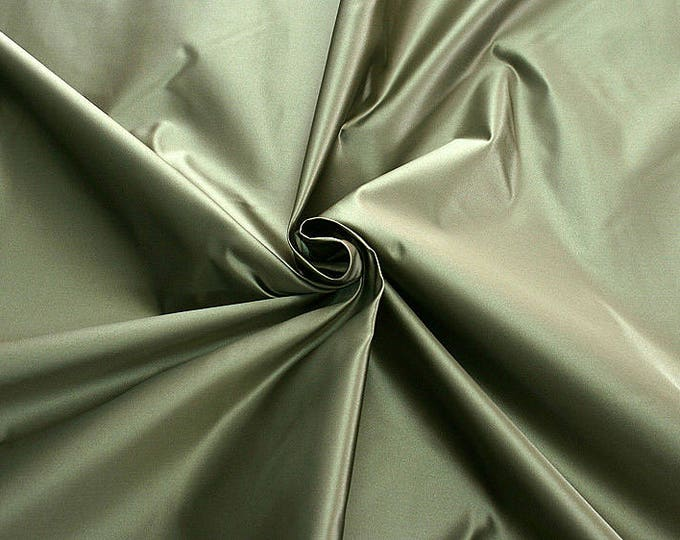 876204-satin, natural silk 100%, wide 135/140 cm, dry wash, weight 190 gr, price 0.25 meters: 31.69 Euros
