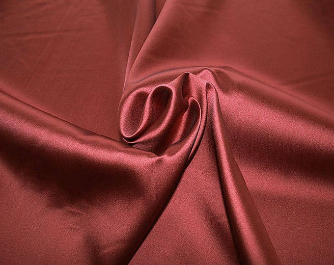 274106-Mikado-82% Polyester, 18 silk, wide 160 cm, made in Italy, dry washing, weight 160 gr, price 0.25 meters: 13.71 Euros
