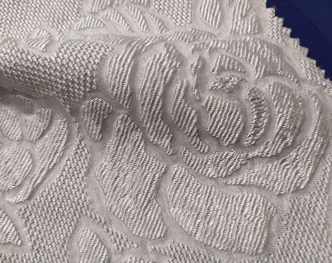 Jacquard, 179 gr/MTL-75% silk, 25 Nylon, 130 cm wide, made in Italy, price 10 meters: 862.1 Euros (86.21 Euros per meter)