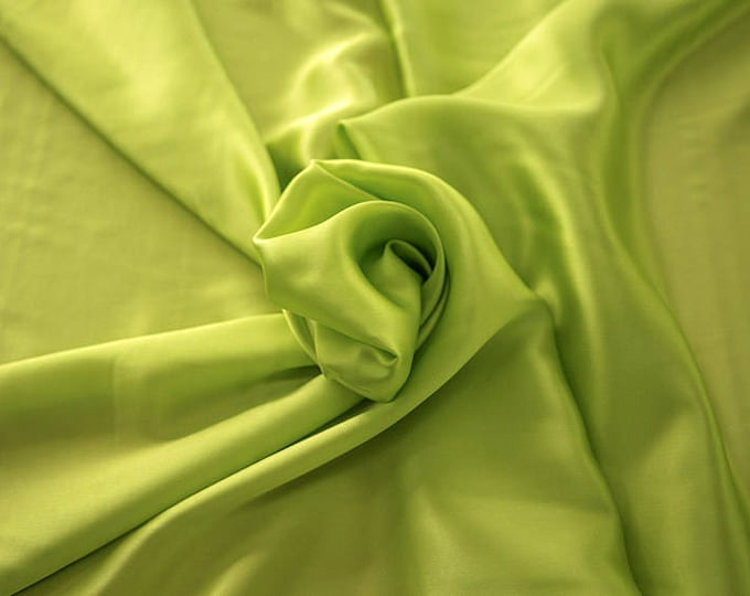 1712-087-Crepe Satin, natural silk 100%, wide 135/140 cm, made in Italy, dry washing, weight 100 gr, price 0.25 meters: 14.72 Euros