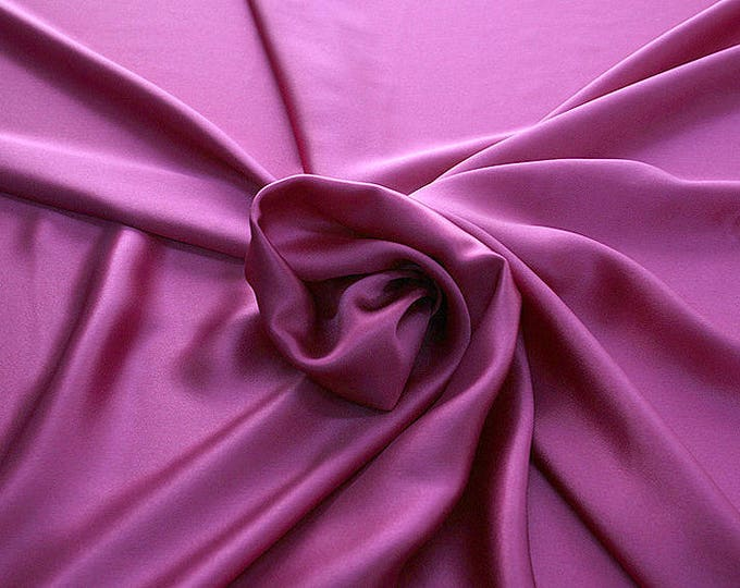 812139-Crepe Satin, natural silk 100%, wide 135/140 cm, dry wash, weight 98 gr, price 0.25 meters: 12.68 Euros