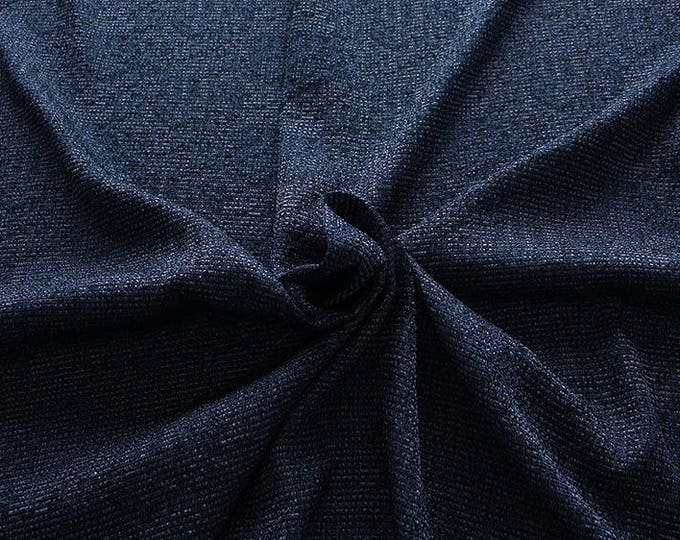 99003-047 CHANEL-Pl 78%, Ac 17, Pa 5, 135 cm wide, manufactured in Italy, dry cleaning, weight 276 gr, price 1 meter: 53.54 Euros