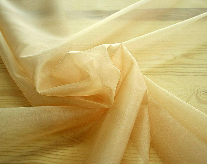 131009-organdy, natural silk 100%, width 135/140 cm, dry washing, weight 34 gr, Price 0.25 meters: 7.10 Euros