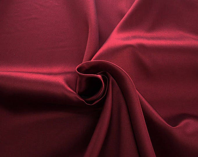 274103-Mikado-82% Polyester, 18 silk, wide 160 cm, made in Italy, dry washing, weight 160 gr, price 0.25 meters: 13.71 Euros