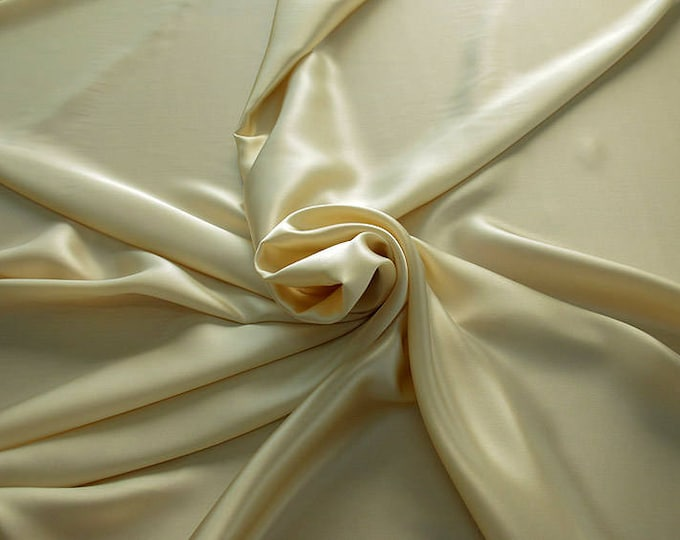 1712-004-Crepe Satin, natural silk 100%, wide 135/140 cm, dry wash, weight 100 gr, price 0.25 meters: 14.72 Euros