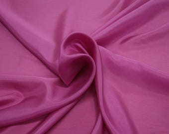 402125-taffeta, natural silk 100%, wide 110 cm, made in India, dry washing, weight 58 gr, Price 0.25 meters: 6.63 Euros