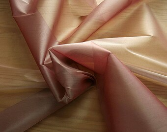 232024-Organdy Cangiante, natural silk 100%, wide 135 cm, made in Italy, dry washing, weight 55 gr, Price 0.25 meters: 13.81 Euros