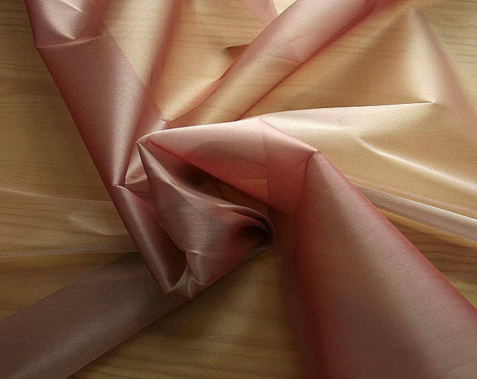 232024-organdy Cangiante Natural Silk 100%, 135 cm wide, made in Italy, dry cleaning, weight 55 gr, price 1 meter: 55.24 Euros