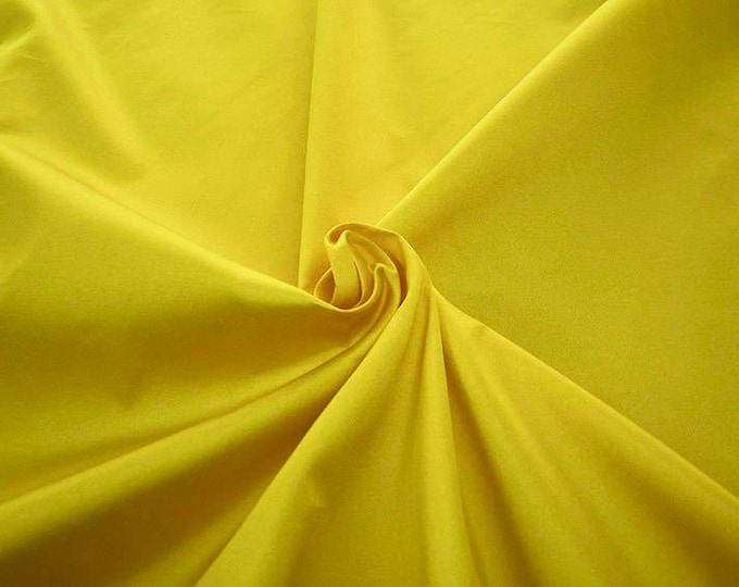973062-Mikado-79% Polyester, 21 silk, 140 cm wide, dry washing, weight 177 gr, Price 0.25 meters: 13.81 Euros