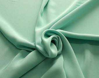 305084-Crepe marocaine Natural Silk 100%, wide 130/140 cm, made in Italy, dry cleaning, weight 215 gr, price 1 meter: 104.36 Euros