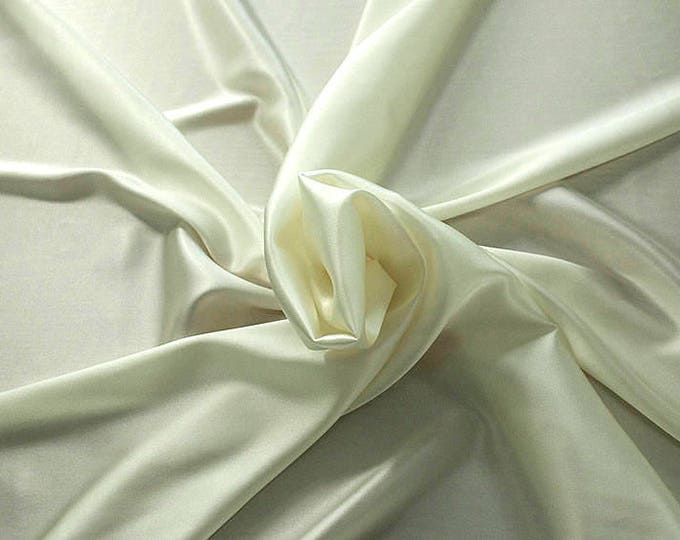 1713-005-crepe Satin Silk 97%, 6 Lycra, 135 cm wide, made in Italy, dry washing, weight 100 gr, price 0.25 meters: 14.72 Euros