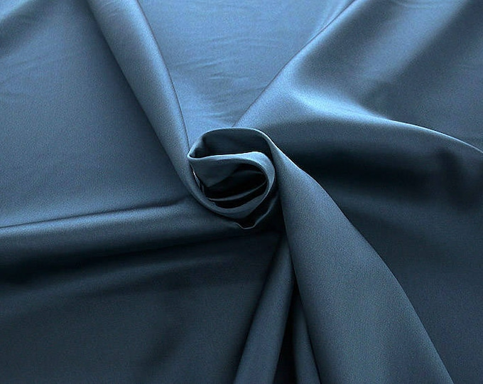 274098-Mikado-82% Polyester, 18 silk, wide 160 cm, made in Italy, dry washing, weight 160 gr, price 0.25 meters: 13.71 Euros