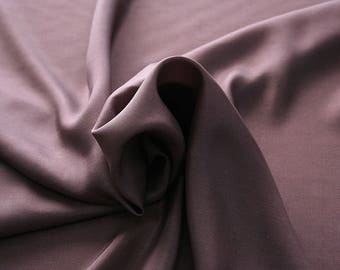 402021-taffeta natural silk 100%, wide 110 cm, made in India, dry cleaning, weight 58 gr, price 1 meter: 26.50 Euros