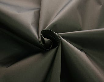 272025-Mikado, natural silk 100%, width 135/140 cm, dry washing, weight 190 gr, price 0.25 meters: 33.10 Euros