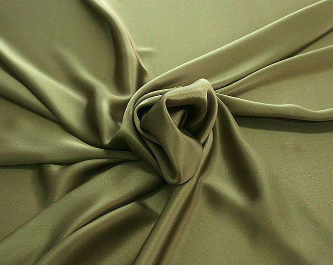812184-Crepe Satin, natural silk 100%, wide 135/140 cm, dry wash, weight 98 gr, price 0.25 meters: 12.68 Euros
