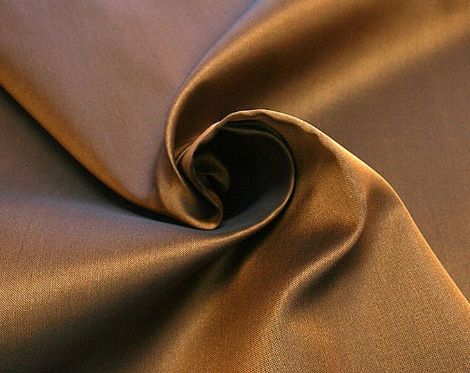 865072-Gazar, natural silk 100%, width 140 cm, dry washing, weight 126 gr, price 0.25 meters: 15.89 Euros