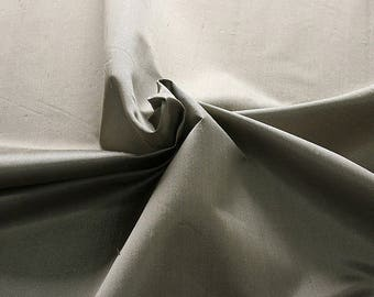 236010-Shantung, natural silk 100%, wide 135/140 cm, made in Italy, dry washing, weight 120 gr, price 0.25 meters: 16.54 Euros