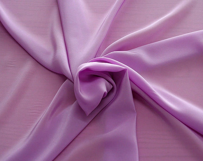 301207-Crepe de Chine, natural silk 100%, wide 135/140 cm, dry wash, weight 88 gr, price 0.25 meters: 11.35 Euros