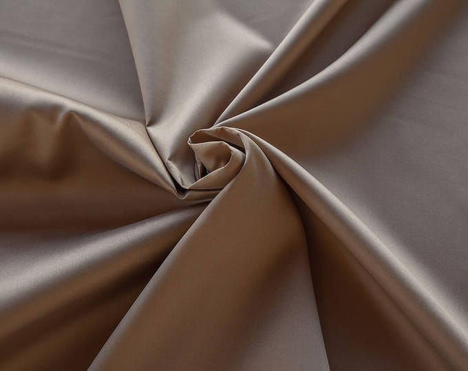 273023-Mikado-85% Polyester, 15 silk, 160 cm wide, made in Italy, dry cleaning, weight 160 gr, price 1 meter: 51.79 Euros
