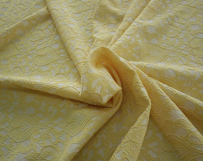 990071-070 Brocade-95% PL, 5 PA, 130 cm wide, manufactured in Italy, dry cleaning, weight 205 gr, price 1 meter: 52.94 Euros