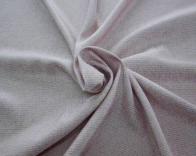 99003-208 CHANEL-Pl 78%, Ac 17, Pa 5, 135 cm wide, manufactured in Italy, dry cleaning, weight 276 gr, price 1 meter: 53.54 Euros