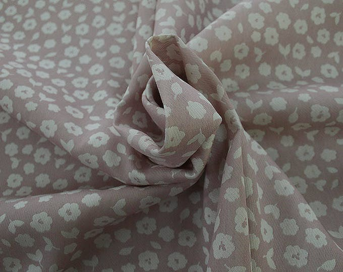 990021-040 JACQUARD, VI 90%, PA 10, 150 cm wide, manufactured in Italy, dry cleaning, weight 228 gr, price 1 meter: 53.42 Euros