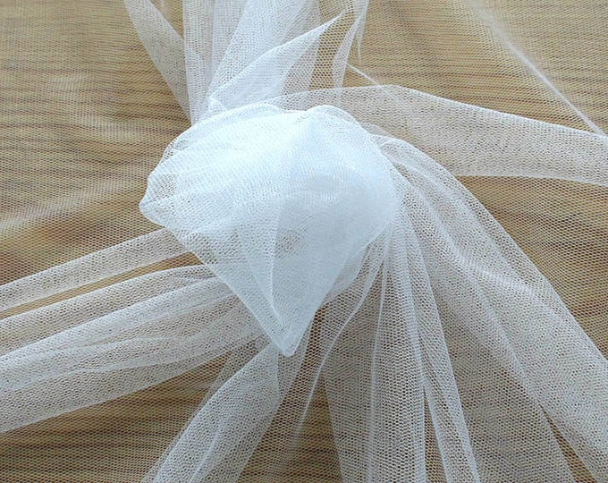 470002-natural silk tulle 100%, wide 180 cm, made in Italy, dry cleaning, weight 24 gr, price 1 meter: 60.08 Euros