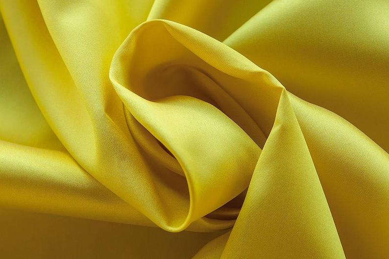 160 cm wide weight 160 gr dry washing 15 silk Price 0.25 meters: 12.95 Euros 273063-Mikado-85/% Polyester