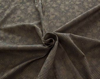 990061-023 Brocade, Co 53%, Pl 37, Pa 10, Width 140 cm, manufactured in Italy, dry cleaning, weight 279 gr, price 1 meter: 57.41 Euros