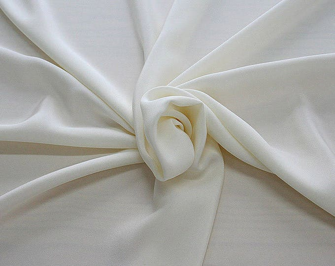 305005-Crepe marocaine Natural Silk 100%, wide 130/140 cm, made in Italy, dry cleaning, weight 215 gr, price 1 meter: 104.36 Euros