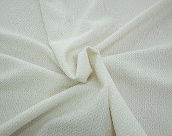99004-005 CHANEL-Co 58%, Pa 27, Pl 15, wide 135 cm, made in Italy, dry cleaning, weight 276 gr, price 1 meter: 58.08 Euros