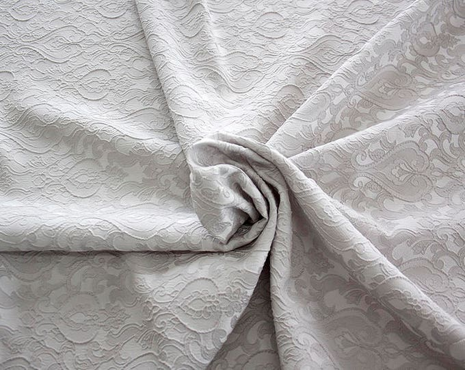 990071-181 Brocade-95% PL, 5 PA, 130 cm wide, manufactured in Italy, dry cleaning, weight 205 gr, price 1 meter: 52.94 Euros