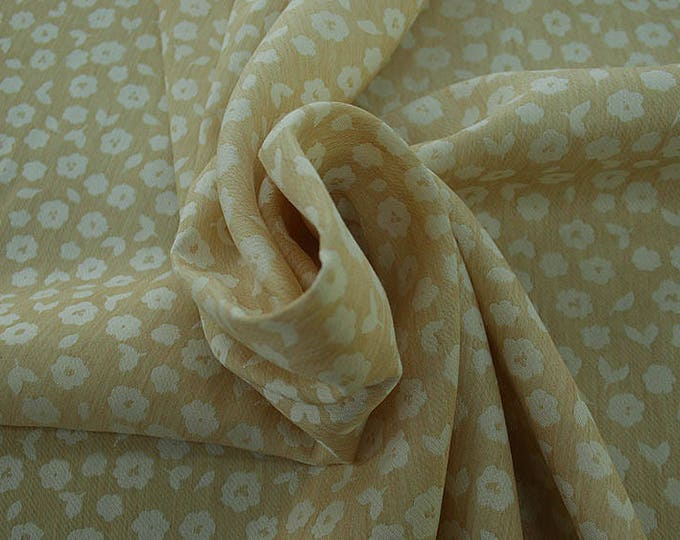 990021-045 JACQUARD, VI 90%, PA 10, 150 cm wide, manufactured in Italy, dry cleaning, weight 228 gr, price 1 meter: 53.42 Euros