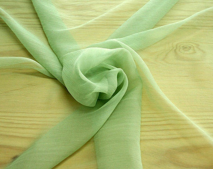 326083-natural Silk Chiffon 100%, wide 127/130 cm, made in Italy, dry cleaning, weight 29 gr, price 1 meter: 31.76 Euros