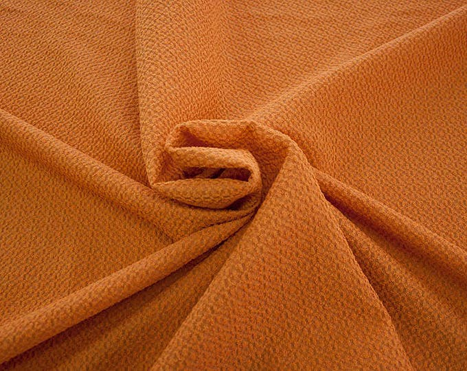 99004-052 CHANEL-Co 58%, Pa 27, Pl 15, wide 135 cm, made in Italy, dry cleaning, weight 276 gr, price 1 meter: 58.08 Euros