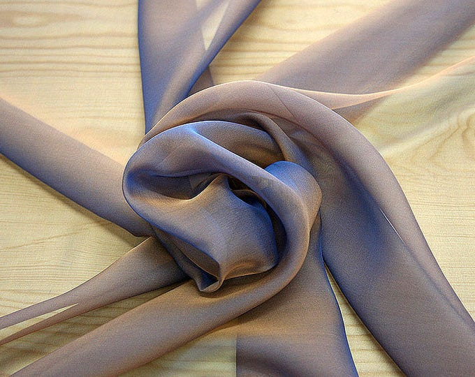 221145-Mouseline Cangiante Silk 100%, width 135 cm, litmus, manufactured in Italy, dry cleaning, weight 35 gr, price 1 meter: 55.24 Euros