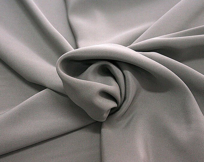 305186-Crepe marocaine Natural Silk 100%, wide 130/140 cm, made in Italy, dry cleaning, weight 215 gr, price 1 meter: 104.36 Euros