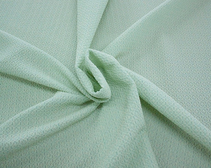 99004-084 CHANEL-Co 58%, Pa 27, Pl 15, wide 135 cm, made in Italy, dry cleaning, weight 276 gr, price 1 meter: 58.08 Euros