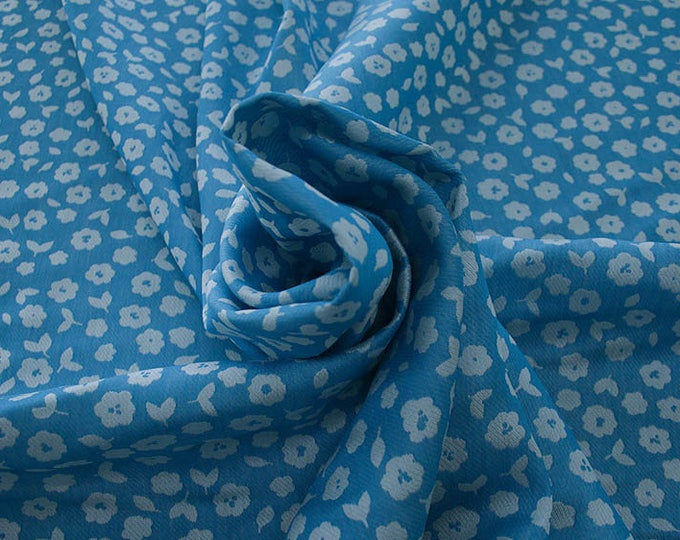 990021-161 JACQUARD, VI 90%, PA 10, 150 cm wide, manufactured in Italy, dry cleaning, weight 228 gr, price 1 meter: 53.42 Euros