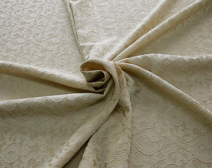 990071-009 Brocade-95% PL, 5 PA, 130 cm wide, manufactured in Italy, dry cleaning, weight 205 gr, price 1 meter: 52.94 Euros
