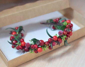 Rustic wedding berries crown Woodland hair wreath Red fall wedding Berries headband Forest wedding crown Christmas gift